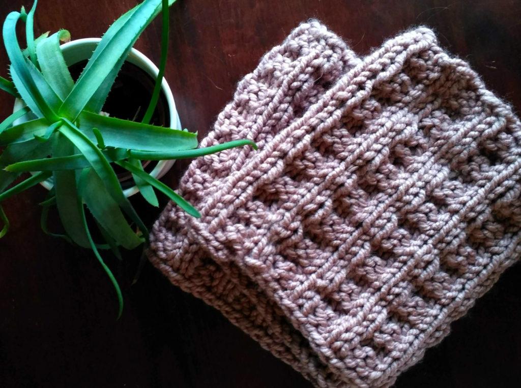 pleteny nakrcnik vaflovy vzor